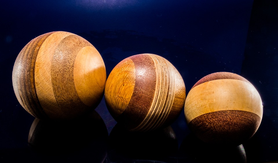 wooden-ball-214399_960_720-pixabay